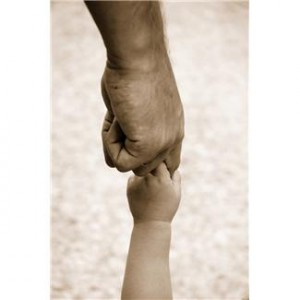 hands-dad-baby