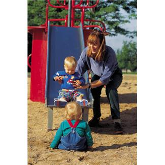 helping kids manage risks on the playground
