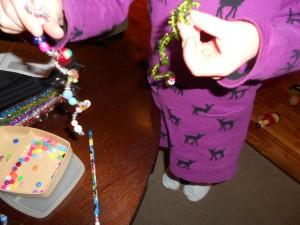 Christmas icicle bead craft for kids