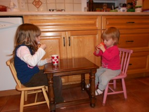 tea party pretend play
