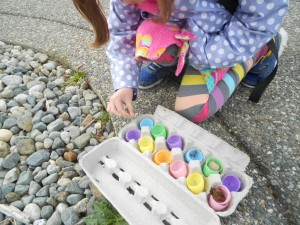 spring Easter nature hunt activity for kids