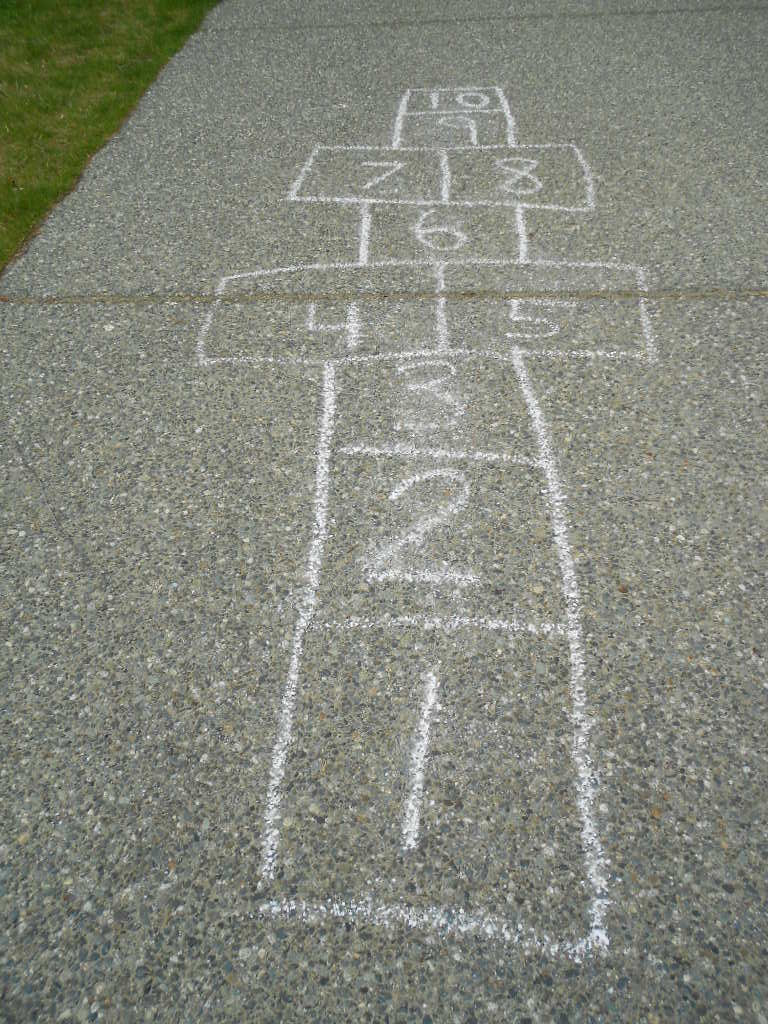 Kinder Garden: Summer Fun And Learning Outside For Kids: Math