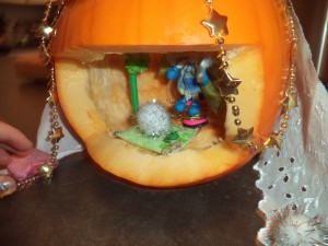 pumpkin-fairy-house