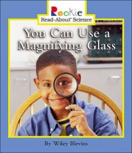 mignifying glasses with kids