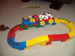 block and train play