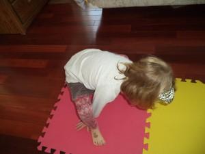 halloween-yoga-kids