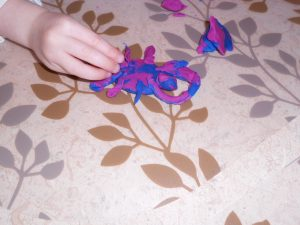 play dough dragons