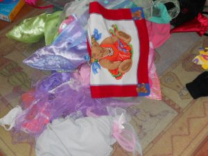 dress-up messy play